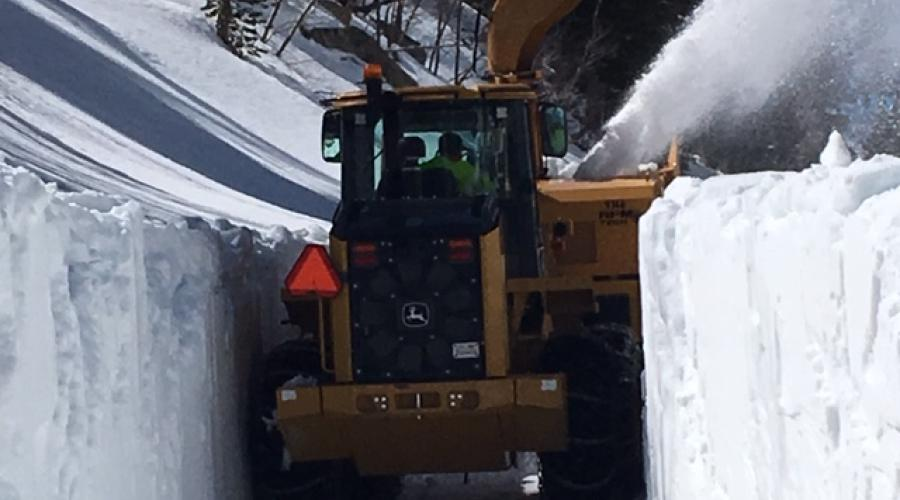 Clearing Snow South Lake 7'-8'
