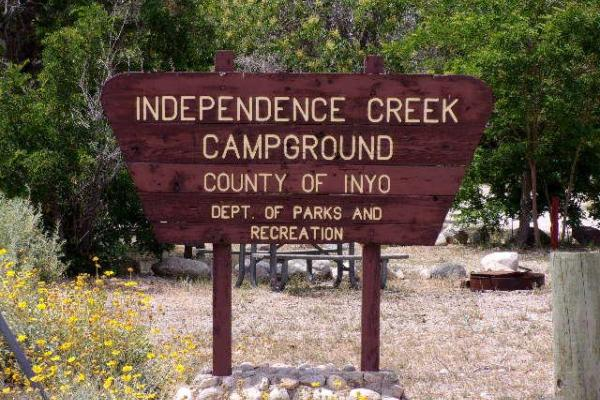 Picture of a sign for Independence Creek Campground
